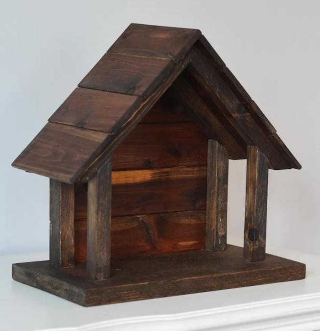 Build A Wood Nativity Stable using free plans.