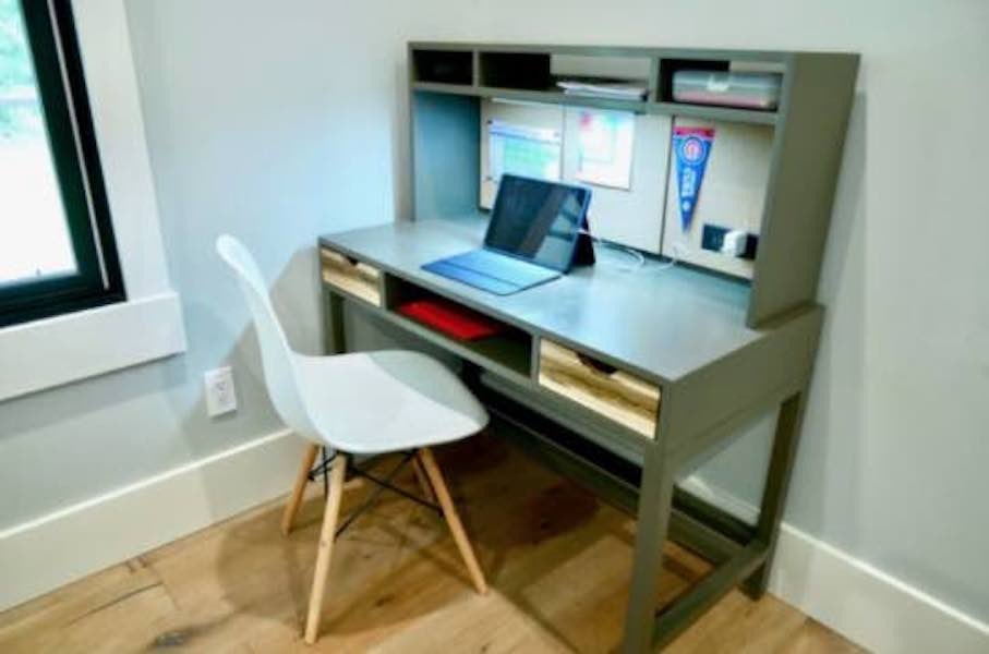 Build a Childs Desk With Hutch using free plans.