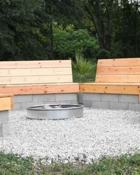 Build Fire Pit Wood And Cinder Block Benches using free plans.