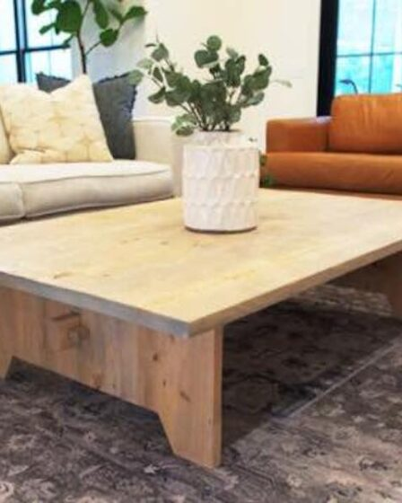 Build this Large DIY Coffee Table using free woodworking plans.