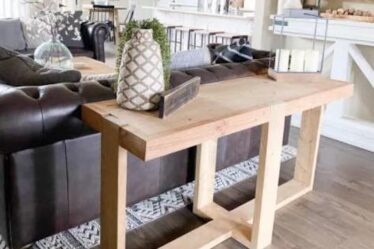 Build a Modern Farmhouse Console Table using free plans.