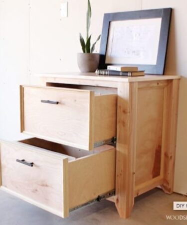 Free plans to build a Home Office File Cabinet.