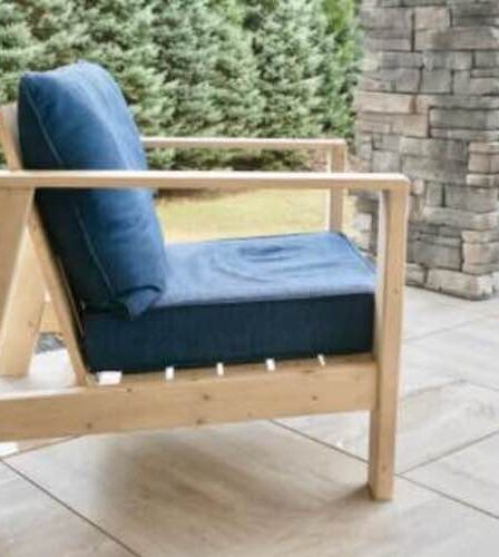 Build your own Outdoor Club Chair using free plans.