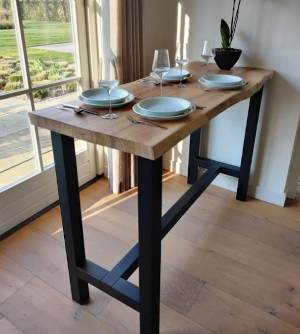 Build a Live Edge Bar/Table using free plans.
