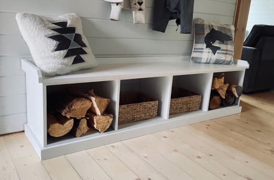 Build a Custom Size Entryway Bench using free plans.